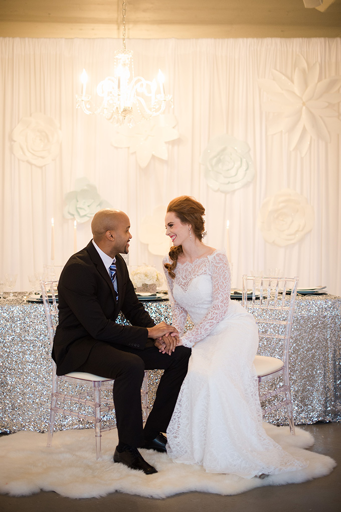 Frozen wedding inspiration | Metts Photo | Glamour & Grace