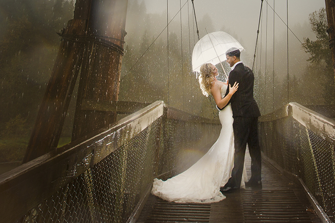 rainy fall trash the dress | Jeff and Amanda Photography and Films | Glamour & Grace