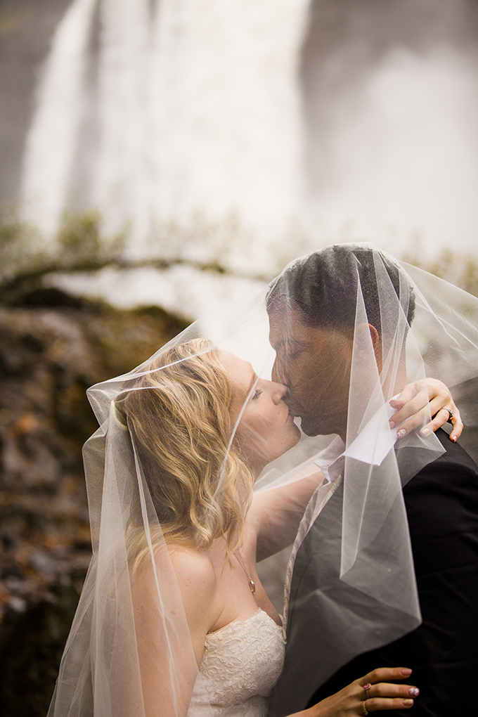 rainy fall trash the dress | Jeff and Amanda Photography and Films | Glamour & Grace
