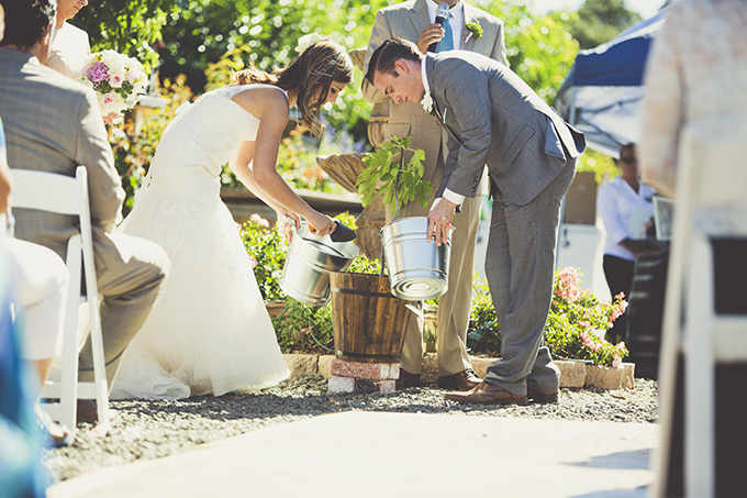 planting a tree together during the ceremony | Sarah Kathleen | Glamour & Grace