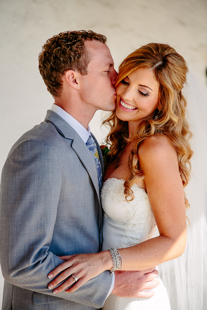 colorful beach wedding | Caroline + Ben Photography | Glamour & Grace-