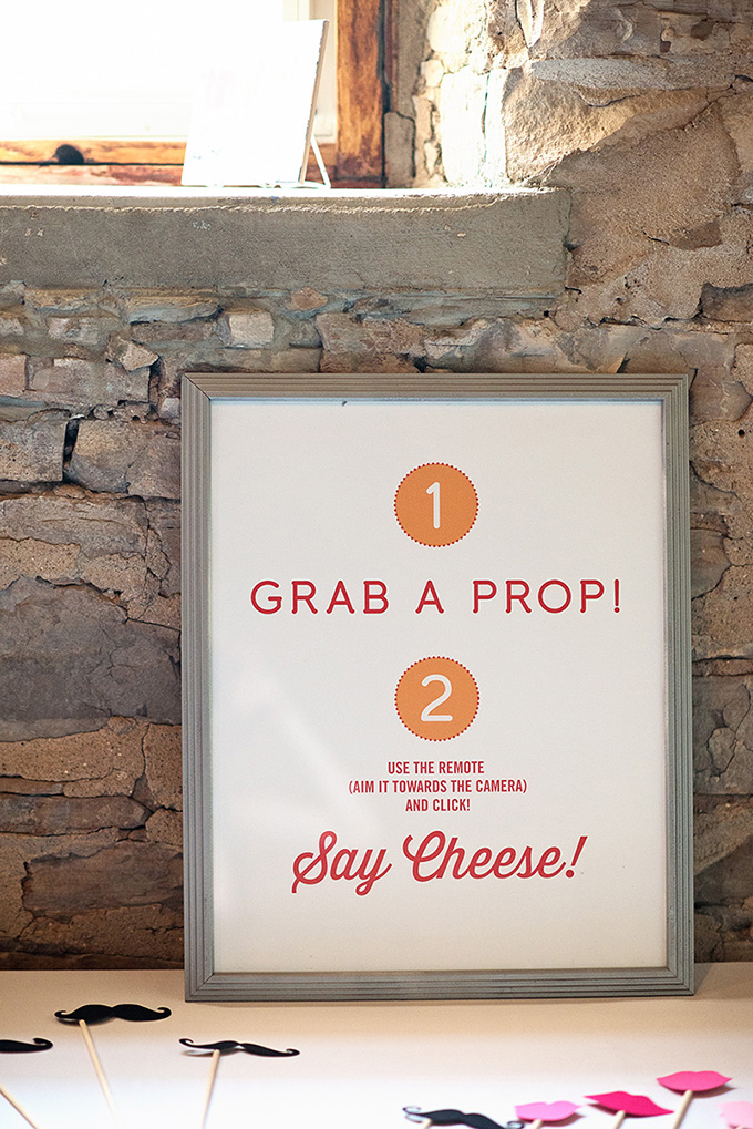 photo booth sign | Tammy Swales | Glamour & Grace