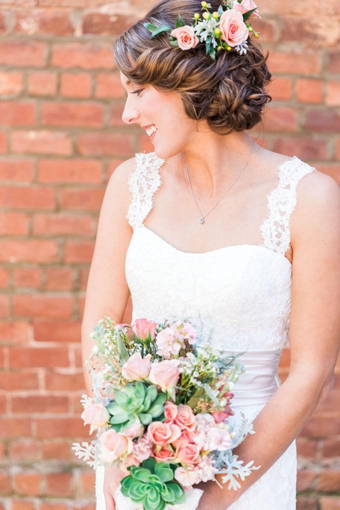 pastel southern wedding   Devon Donnahoo Photography   Glamour & Grace