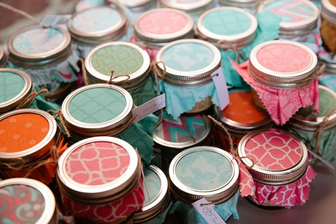 handmade candle favors   Devon Donnahoo Photography   Glamour & Grace