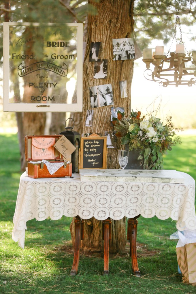 ceremony welcome table | Allee J. | Glamour & Grace