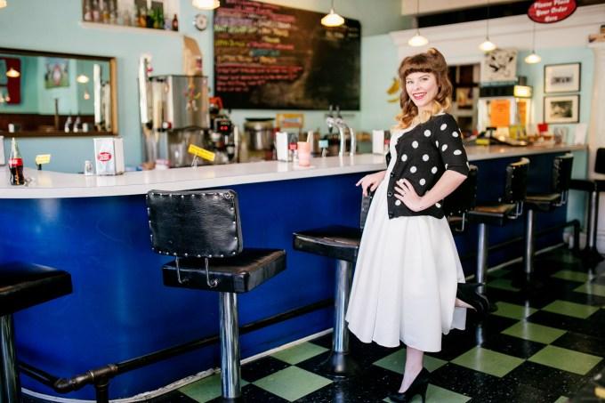 retro bridal session | Ashley Lester Photography | Glamour & Grace