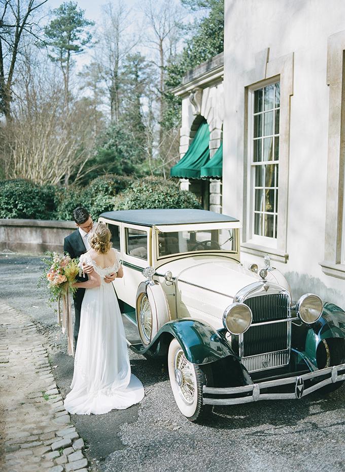 romantic vintage wedding inspiration   Archetype   Glamour & Grace