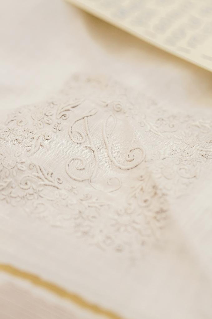 heirloom handkerchief | Figlewicz Photography | Glamour & Grace