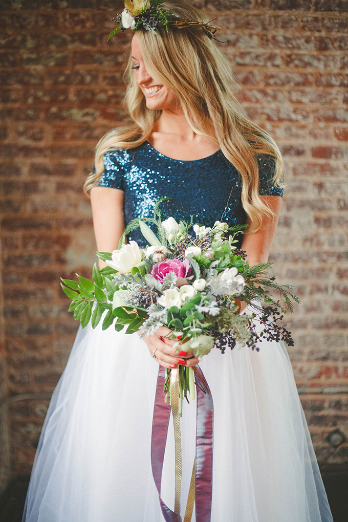 navy and gold wedding inspiration | Elizabeth Marie Photos | Glamour & Grace