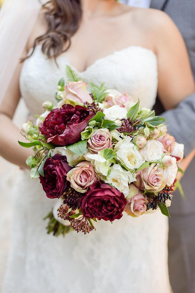 red and white bouquet| Jenny Smith & Co. | Glamour & Grace