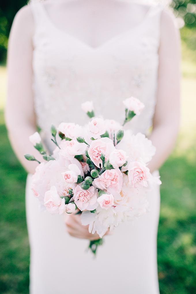 pink DIY bouquet | Jamie Mercurio Photography | Glamour & Grace