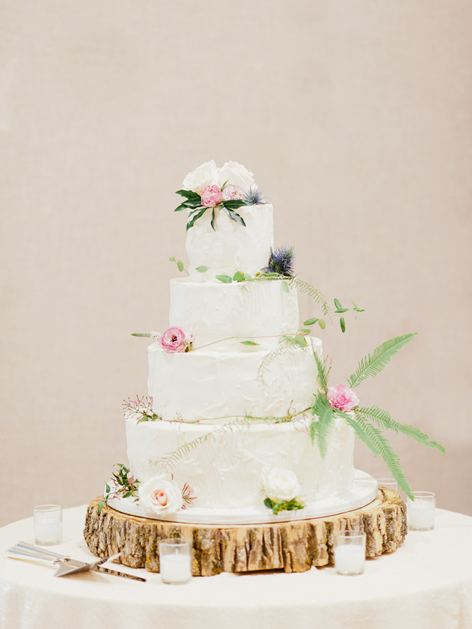 floral cake | Merari Photography | Glamour & Grace