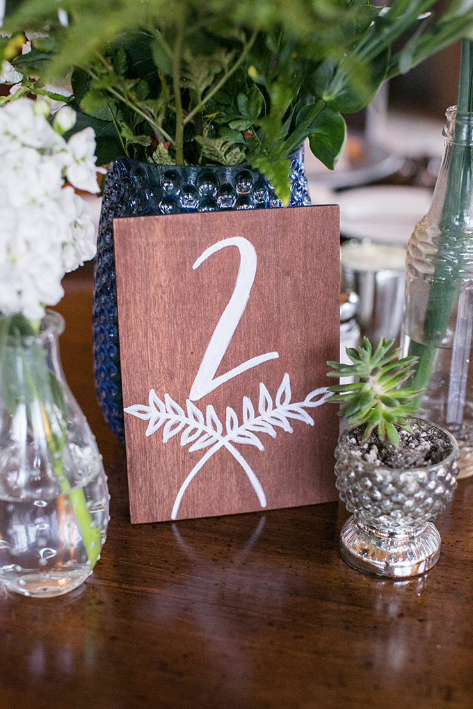 wood table number | Anna Marks Photography | Glamour & Grace