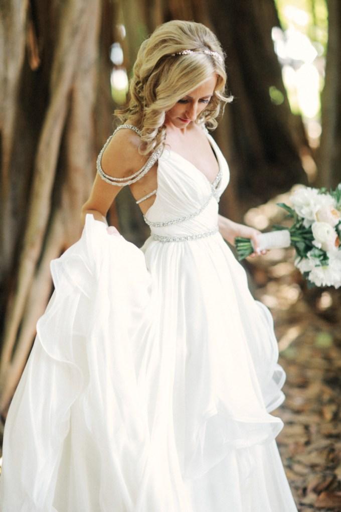 Hayley Paige dress | Binaryflips Photography | Glamour & Grace