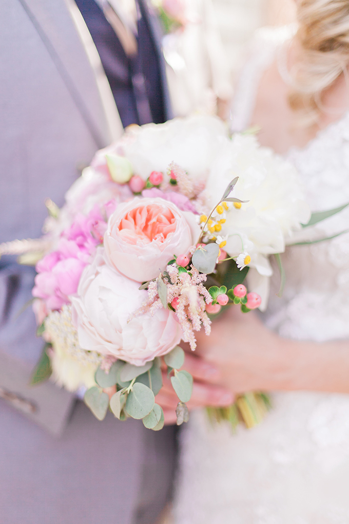 pink bouquet | Sara Lynn Photographic | Glamour & Grace