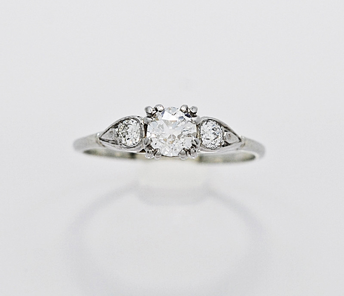 vintage engagement ring | Glamour & Grace