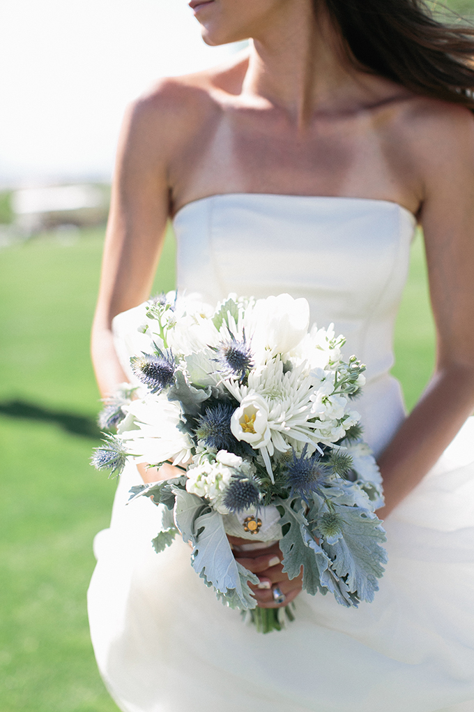 blue and white bouquet | Meg Ruth Photo | Glamour & Grace