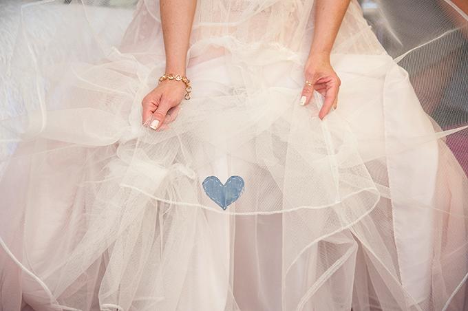 something blue | Tamara Jaros Photography | Glamour & Grace