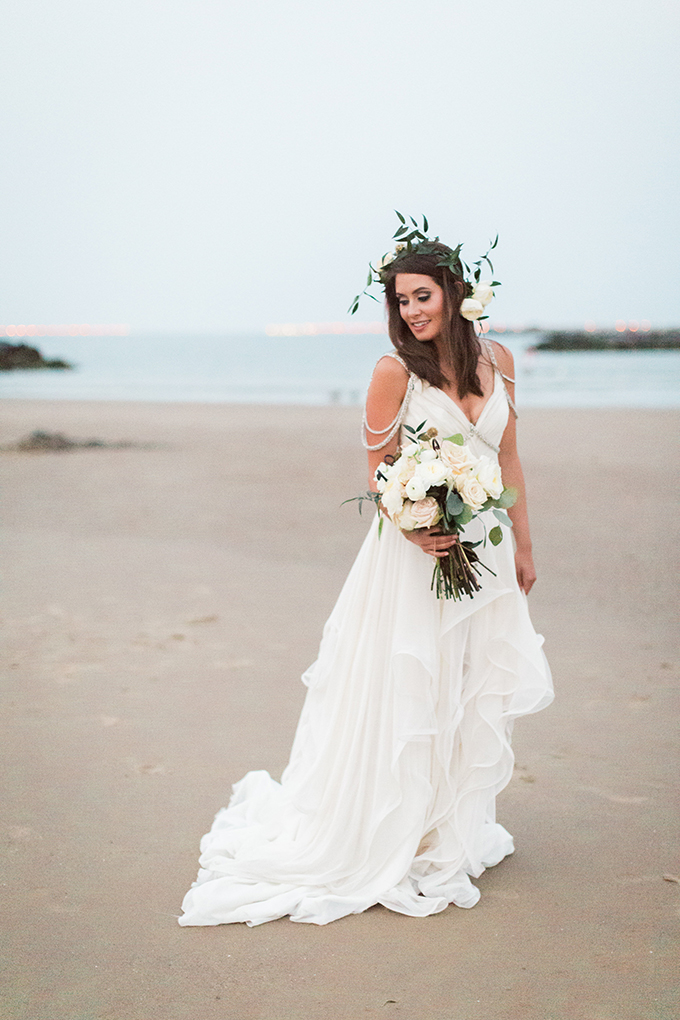 Hayley Paige gown | Stephanie Michelle Photography | Glamour & Grace