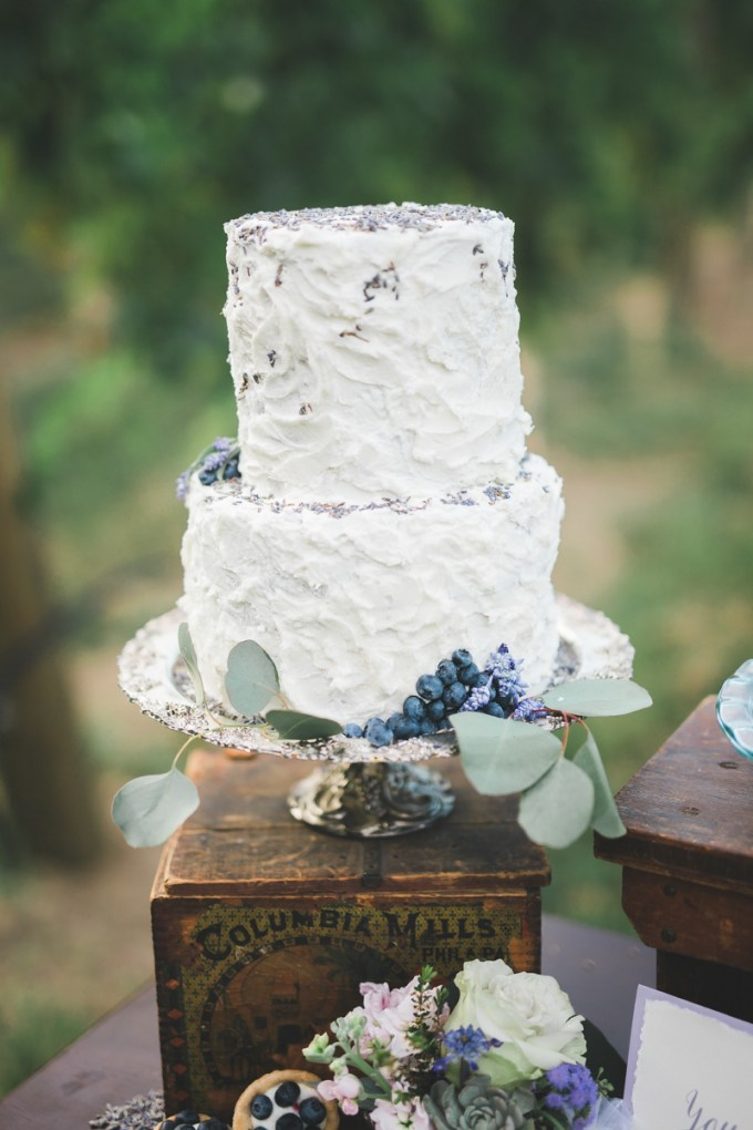 lavender cake | Victoria Selman Photographer | Glamour & Grace