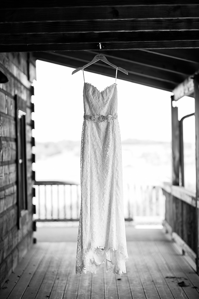 summer farm wedding | Natural Bliss Photography | Glamour & Grace