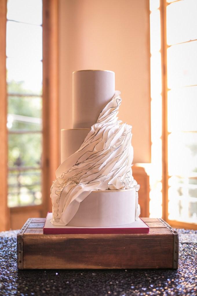 ruffle cake | Jessamyn Harris | Glamour & Grace