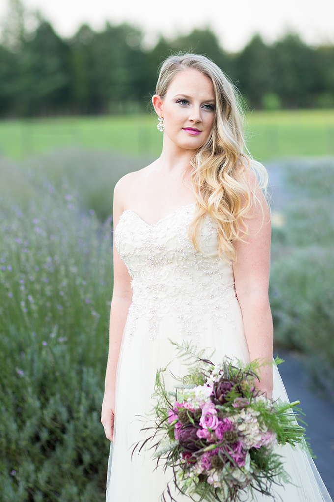 lavender field bridal portraits | Samantha Laffoon Photography | Glamour & Grace