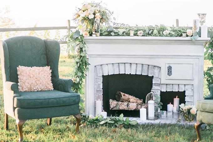 emerald and gold winter wedding inspiration | Manda Weaver Photography | Glamour & Grace