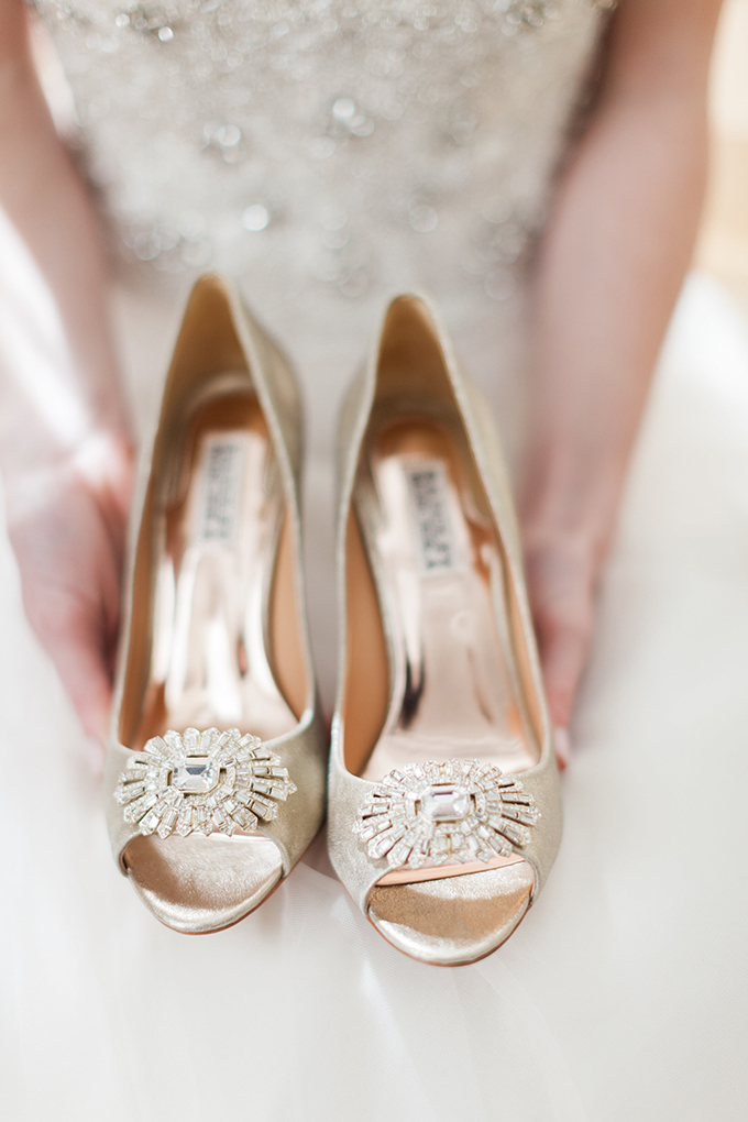 Badgley Mischka shoes | Cory & Jackie Wedding Photographers | Glamour & Grace