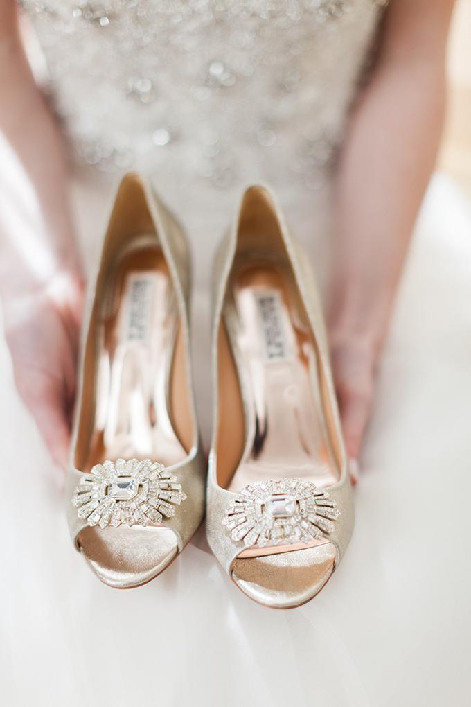 Badgley Mischka shoes | Cory & Jackie Wedding Photographers | Glamour & Grace