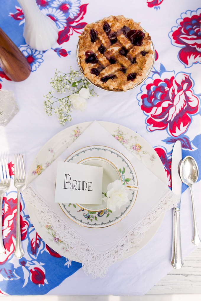 retro summer wedding | Christy McKee Photography | Glamour & Grace