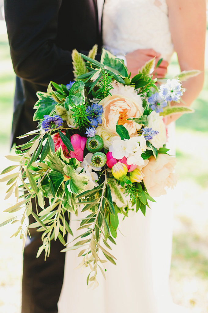 lush colorful bouquet | Milou + Olin Photography | Glamour & Grace