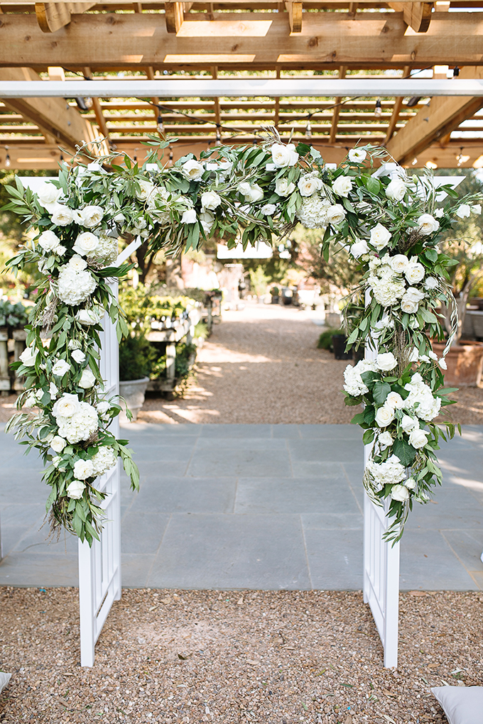 floral ceremony arch | Smith House Photography | Glamour & Grace