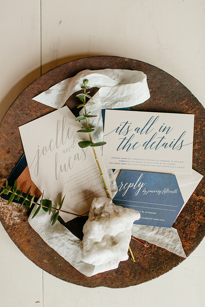 modern wedding invitations | Leah Fontaine Photography | Glamour & Grace