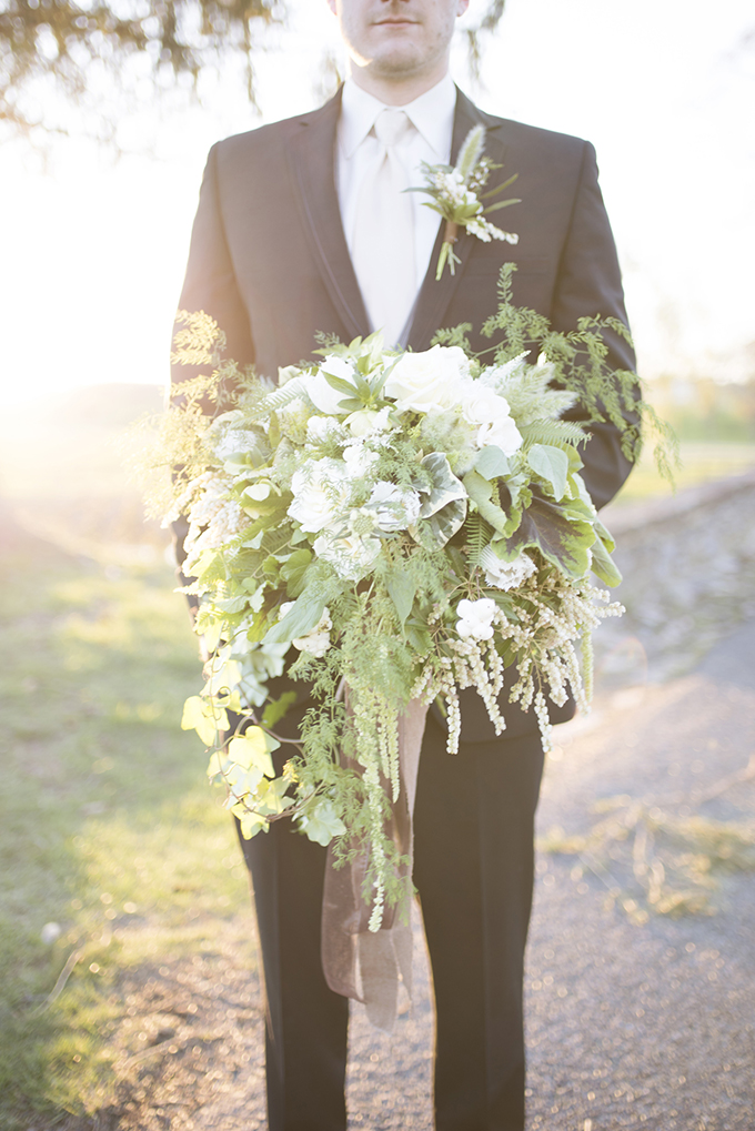organic green bouquet | Elizabeth Moore Photography | Glamour & Grace