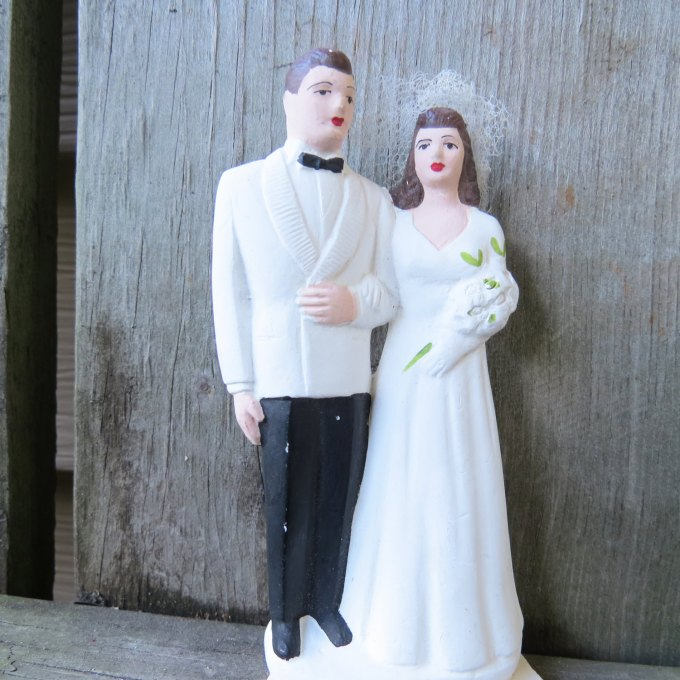 vintage cake toppers | Glamour & Grace