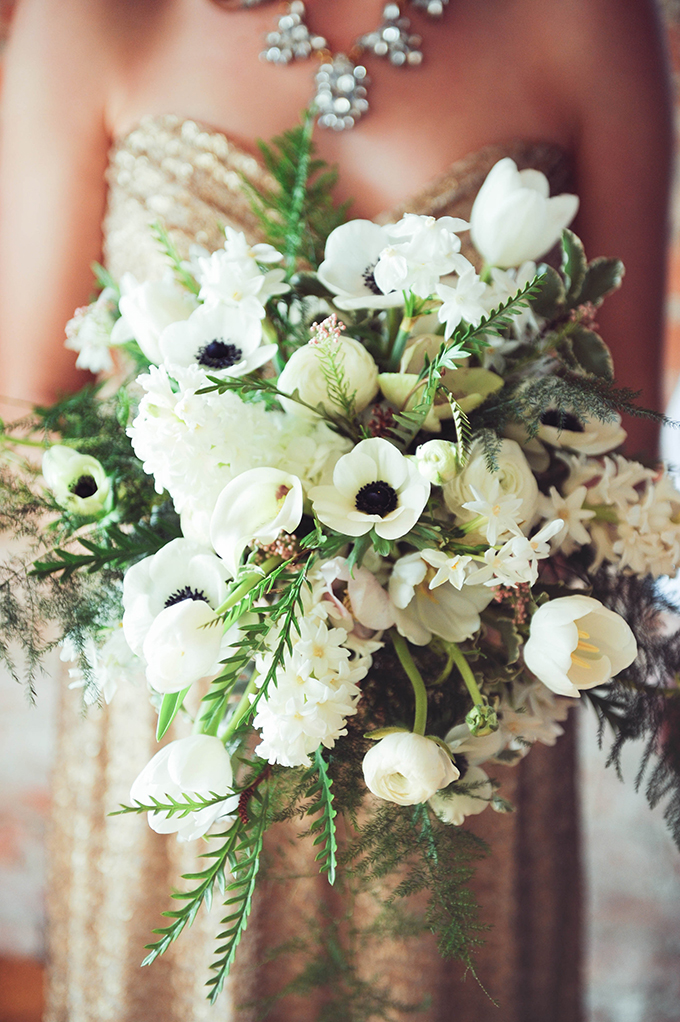 lush white bouquet | Sarah Morrel Photography | Glamour & Grace