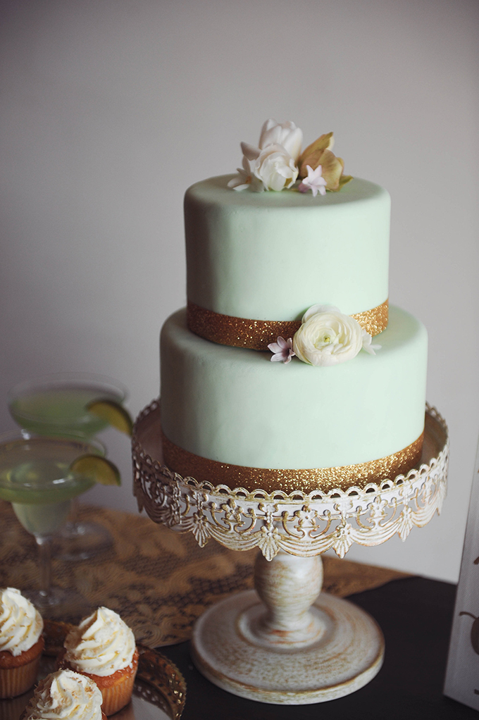 mint and gold cake | Sarah Morrel Photography | Glamour & Grace