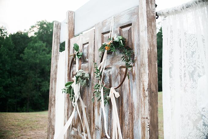 elegant cliffside Southern wedding   Cotton & Clover Photography   Glamour & Grace-22