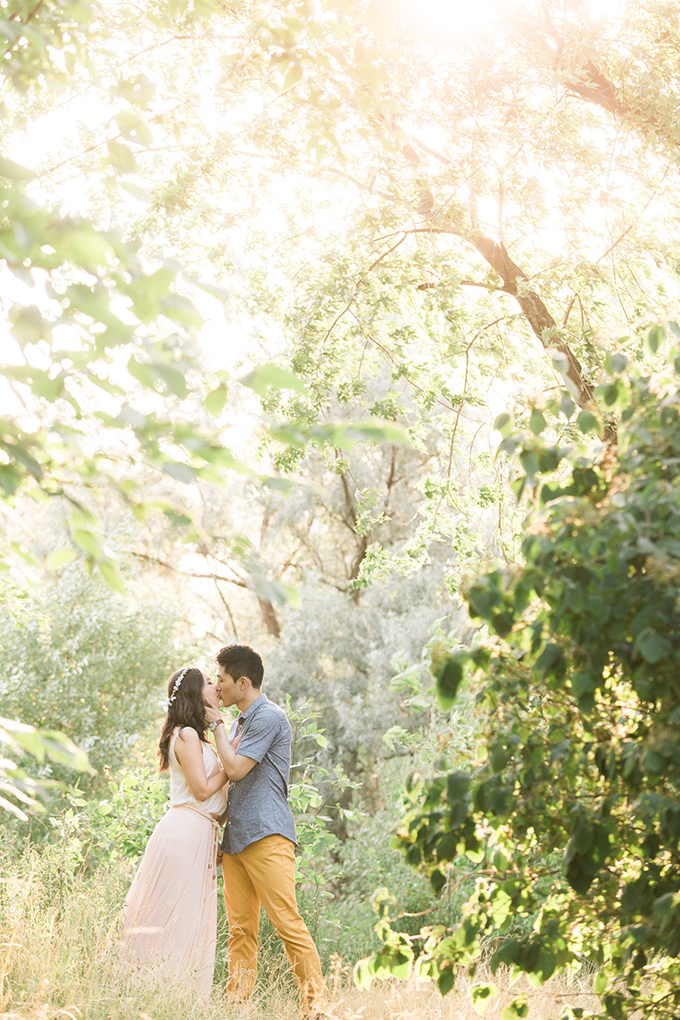 whimsical sunset engagement session | Samantha Ong Photography | Glamour & Grace