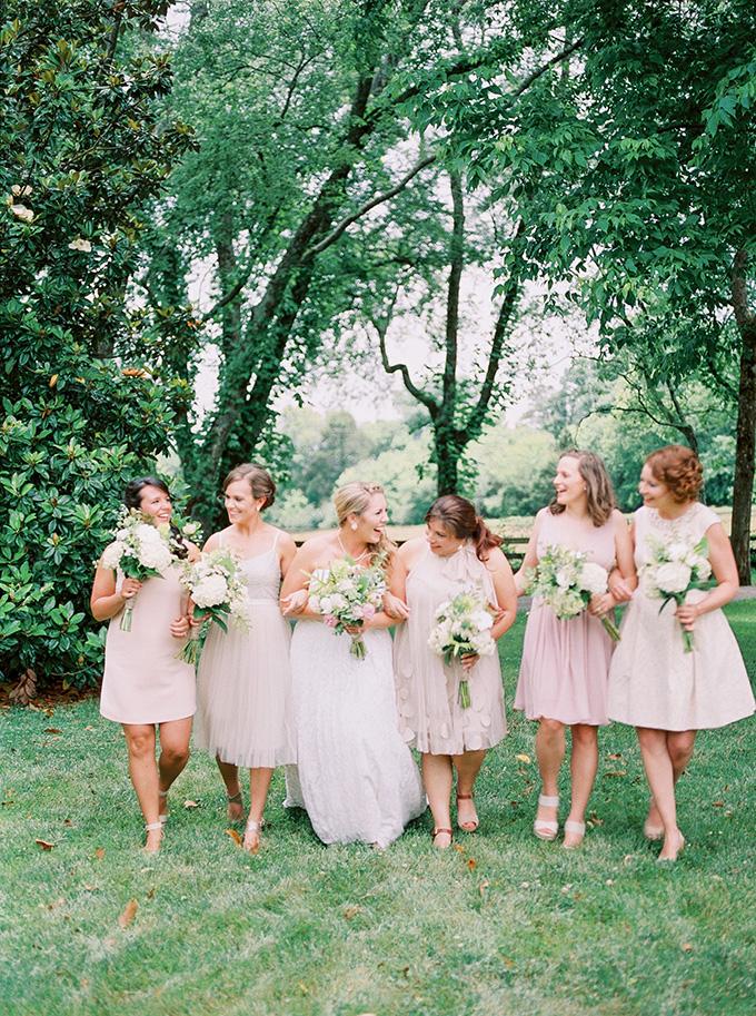 blush bridesmaids | Michelle Lea Photographie | Glamour & Grace