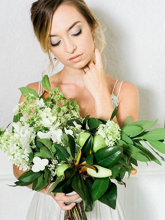 romantic bridal portraits | Live View Studios | Glamour & Grace-14