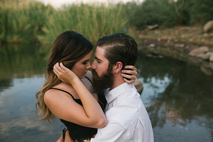 romantic desert engagement | Beginning and End Photography | Glamour & Grace-08