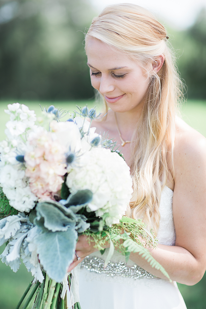 romantic farm wedding | Lindsey LaRue Photography & Makeup Artistry | Glamour & Grace-05