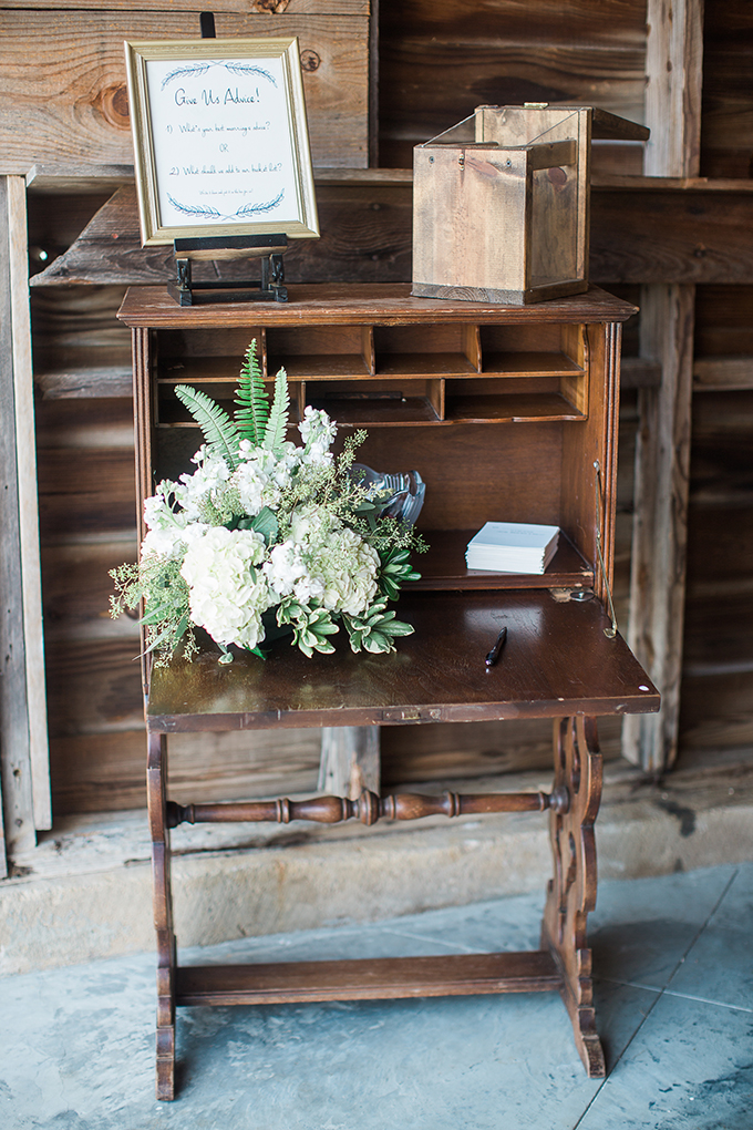 romantic farm wedding | Lindsey LaRue Photography & Makeup Artistry | Glamour & Grace-29