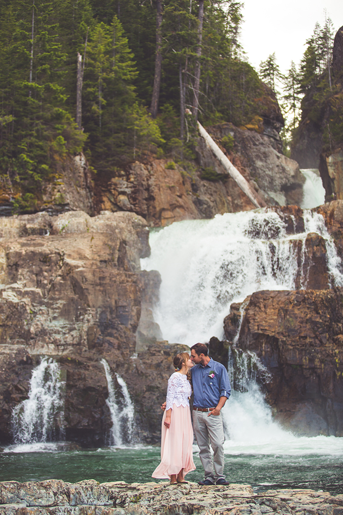 whimsical waterfall elopement | Chelsea Dawn Photography & Makeup Artistry | Glamour & Grace-04