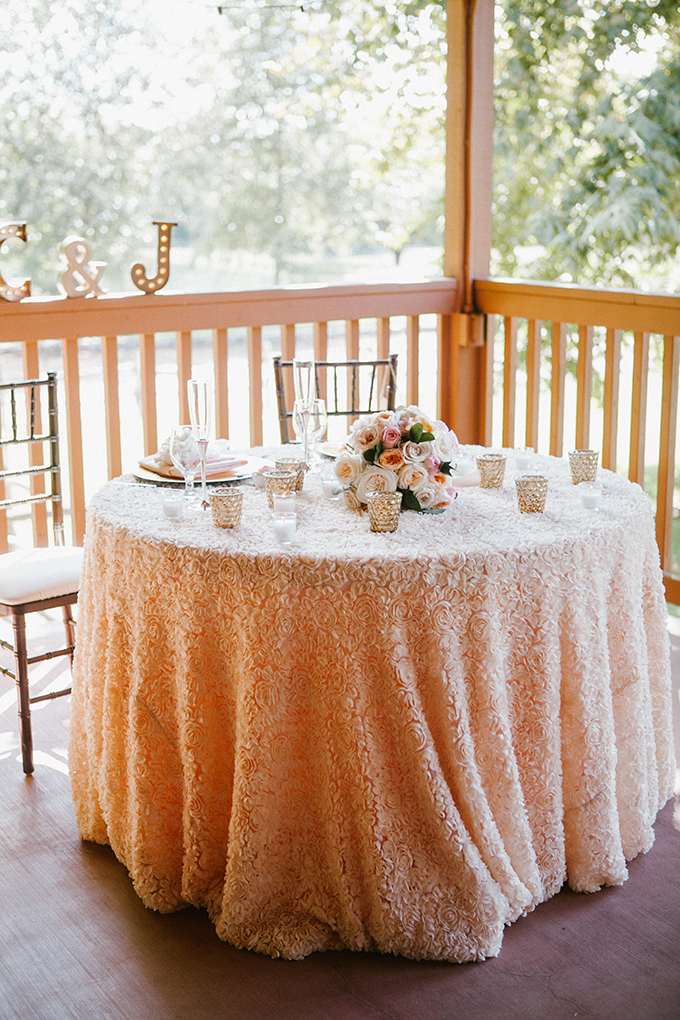 intimate lodge wedding | Jay & Jess Photography | Glamour & Grace-28