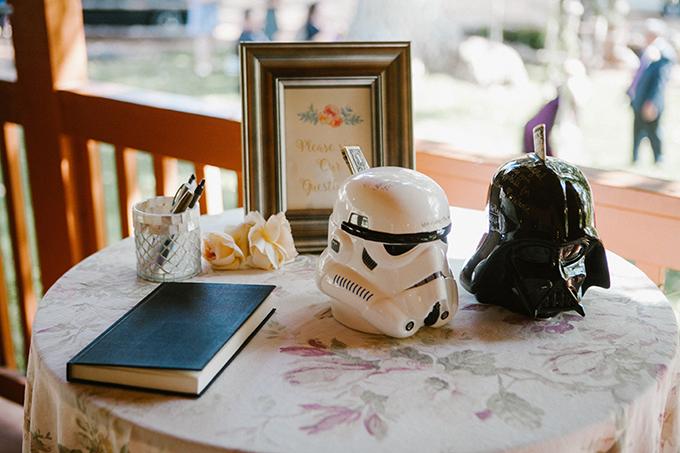 intimate lodge wedding   Jay & Jess Photography   Glamour & Grace-34