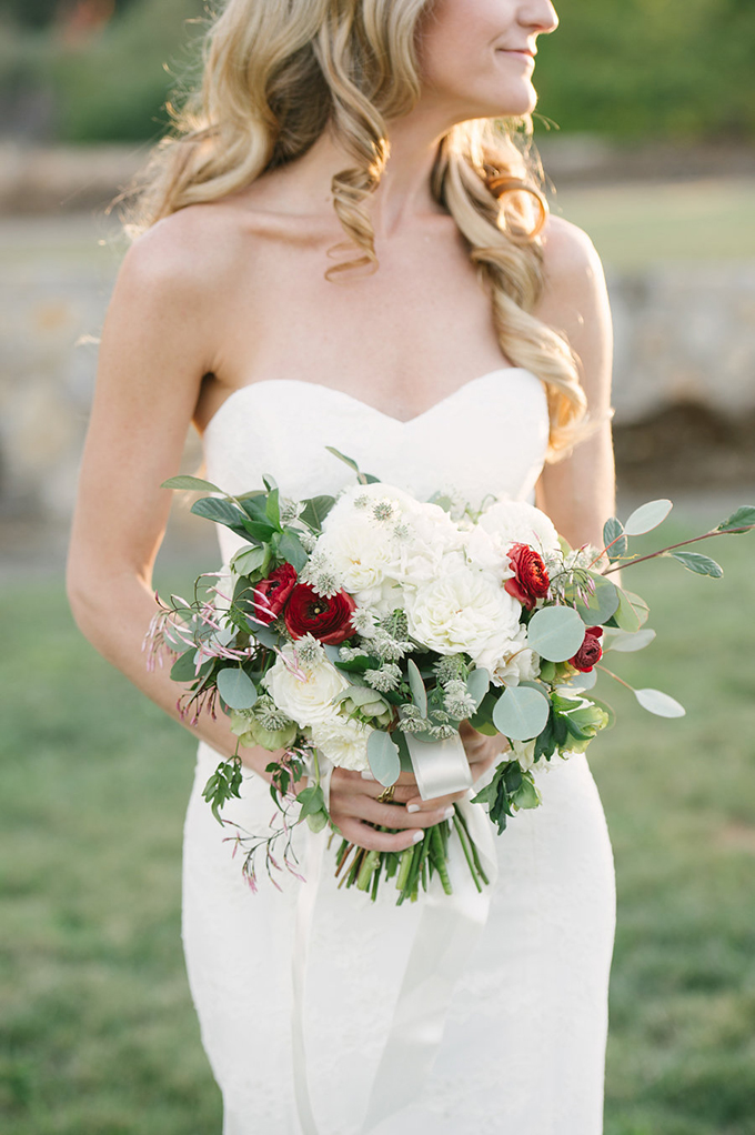 romantic Napa Valley estate wedding | Jordan Weiland Photography | Glamour & Grace-06