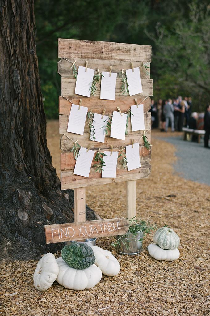 romantic Napa Valley estate wedding | Jordan Weiland Photography | Glamour & Grace-25